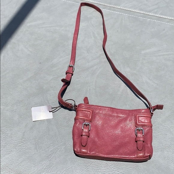 Cole Haan Handbags - Cole Hann leather Zooey crossbody